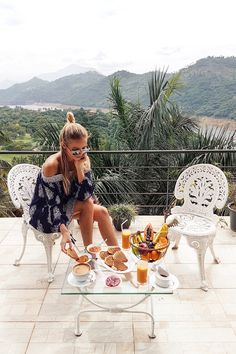Breakfast with fruits at Kandy I Sri Lanka: http://www.ohhcouture.com/2017/02/sri-lanka-travelguide/ #ohhcouture #leoniehanne
