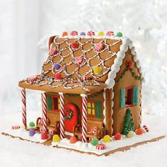 Gingerbread houses are a great family gift. Check out this one from #Harryanddavid #Christmas #gingerbreadhouse