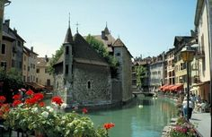 Europe Romance at Lake Annecy, France Provence, Lake Annecy, Secret Hiding Places, Beautiful Buildings, Vacation Destinations, Travel Around The World, Places To See, Travel Inspiration, Tours