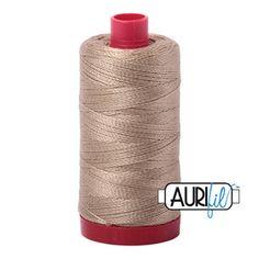 Linen Thread A2325 Quilting Thread, Hand Quilting, Machine Quilting, Light Spring, Spring Green, Cotton Thread, Beige, Quilts, Stitch