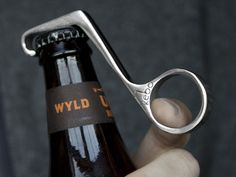 1 Handed Magnetic Bottle Opener by Kebo