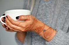 Ideakoru´s bracelet with own letter www.ideakoru.fi
