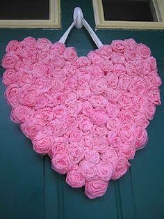 http://whatmeeganmakes.blogspot.com/2012/01/easy-peasy-rosette-heart.html