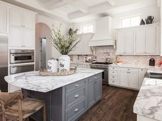 Spring Valley Cove - traditional - Kitchen - Houston - Riverway Homes