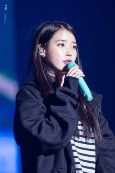 "IU 181028 Debut Anniversary Tour Concert ""dlwlrma"" in Busan - Different and beautiful ideas Kpop Girl Groups, Kpop Girls, Korean Celebrities, Celebs, K Pop Music, Famous Singers, 10 Anniversary, Busan, Girl Crushes"