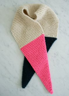 Laura's Loop: Color TippedScarf - The Purl Bee - Knitting Crochet Sewing Embroidery Crafts Patterns and Ideas!