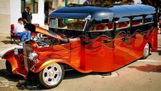 Redefining the Short Bus ~ Shared by Manny Perez. Cool Trucks, Big Trucks, Custom Trucks, Custom Cars, Little Truck, Short Bus, Bug Out Vehicle, Mini Bus, Bike Wheel
