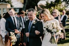 Sophisticated Outdoor Byron Bay Wedding #PronoviasRealBrides
