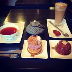 amazing place #tea #teapot #latte #madeleine #cake #patisserie #patisseriemadeleine #stockbridgeedinburgh #stockbridge #edinburgh #scotland