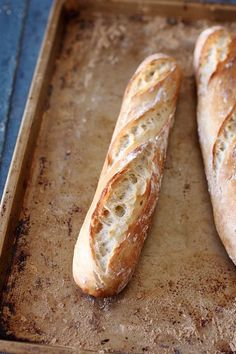 Faire son pain maison sans machine à pain...I would love to learn to make a loaf like this.