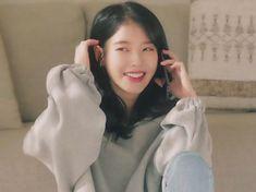 Artist Aesthetic, Iu Fashion, Portrait Art, Little Sisters, Face Art, Korean Singer, Kpop Girls, Girl Crushes, Ulzzang