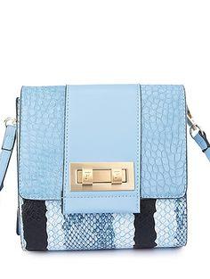 Snake Print Design Crossbody Bag For Women #womensfashion #pinterestfashion #buy #fun#fashion