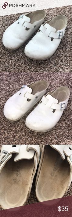Birkenstock White Clogs 39 Birkenstock White Clogs 39 Birkenstock Shoes Mules & Clogs