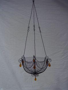 Hanging flowerbasket 2278