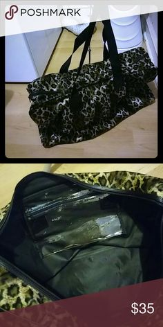 Avon leopard print Weekender Brand New Bag great leopard bag to use when you're traveling for the occasion or vacation. Avon Bags Totes
