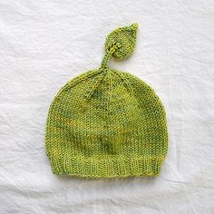 Wee Leafy Baby Hat - Free Knit Pattern by Pamela Wynne at Ravelry