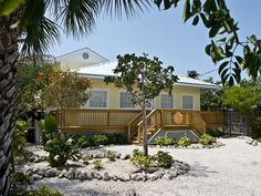 Private Homes, Mid Island Vacation Rental - VRBO 429974 - 4 BR Fort Myers Beach House in FL, Beautiful Beachfront Home with Large Deck on th...