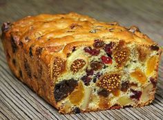 Add the goodness of dry fruits to your cake. Prepare delicious dry fruit cake at home with this easy recipe. There is nothing like enjoying a slice of fresh, moist fruit cake Sweet Recipes, Cake Recipes, Dessert Recipes, Fruit Recipes, Fish Recipes, Fruit Bread, Banana Bread, Bread Food, Bread Cake
