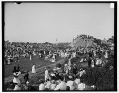 Unveiling tablet commemorating first settlement of Mass. Bay Colony, Stage Fort Park, Gloucester, Mass, circa 1907