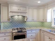 How to Pick the Right Backsplash for Your Kitchen Design