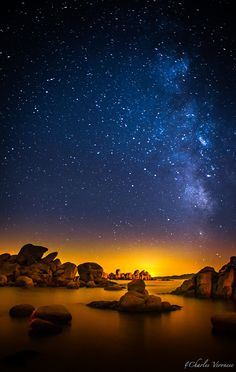 thk::Milky Way:  Palombaggia is a place located in the municipality of Porto Vecchio in Corse-du-Sud between the hamlets of Picovaggia and Bocca dell'Oro. Its white sand beaches framed by red rocks, lined with pines , facing Cerbicale islands , are said to be among the most beautiful in Corsica .