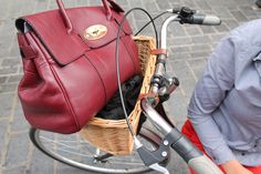 Haven't you heard of the new way to carry your Mulberry? #vintage #bicycle #mulberry #fashion #streetstyle #london