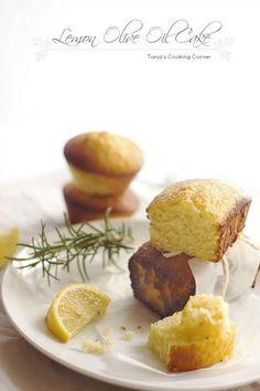 Lemon Olive Oil & Rosemary Cake. Easy to make & delicious! http://tanjascookingcorner.blogspot.co.at/2012/11/lemon-olive-oil-rosemary-cake-kolac-od.html