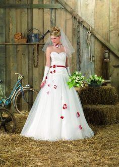 Vous pouvez d'ailleurs porter une robe rouge et blanche et ... Quelles astuces pour organiser votre mariage sur http://yesidomariage.com