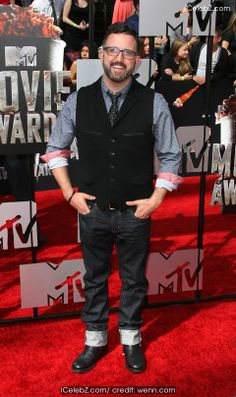 Carter Covington 23rd Annual MTV Movie Awards at Nokia Theatre L.A. Live http://www.icelebz.com/events/23rd_annual_mtv_movie_awards_at_nokia_theatre_l_a_live/photo19.html