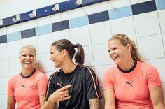 Ada Hegerberg, Dzsenifer Marozsan, Eugenie Le Sommer || OL (Aug 22, 2017)