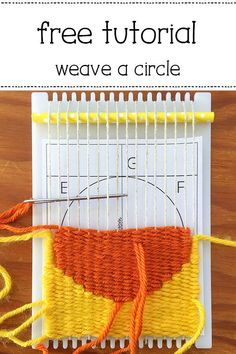 How to Weave a Circle on a Frame Loom - weaving patterns Weaving Loom Diy, Weaving Art, Weaving Patterns, Tapestry Weaving, Knitting Patterns, Stitch Patterns, Loom Weaving Projects, Crochet Patterns, Weaving Wall Hanging