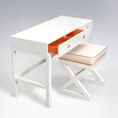 This would be adorable. does it come in teal accents? ducduc Cabana Desk