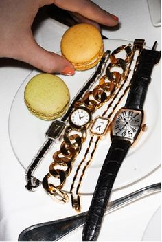 Watches & macarons