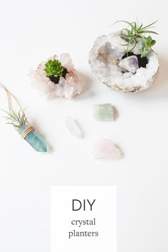 Crystal Planters to Purify Your Home DIY crystal planters are the perfect project to clear the energy (and air quality) of your space! for the full tutorial head to jojotastic. Do It Yourself Inspiration, Diy Inspiration, Crystal Decor, Crystal Gifts, Clear Crystal, Diy Crystal Crafts, Diy Crystals, Crystals And Gemstones, Black Crystals