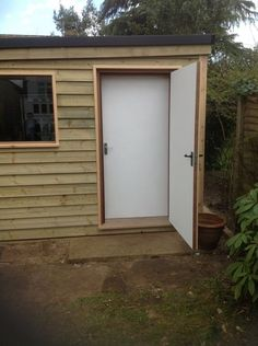 A drummer's sound proof room for music practice and tuition, erected in a residential garden in April 2013. Read the full Case Study: http://www.amadeus-equipment.co.uk/blog/garden-drum-room/