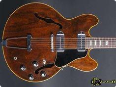 Gibson / ES-330 / 1967 / Walnut / Vintage Guitar