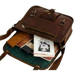 Estilo Hippy, Look Man, Sirius Black, Cute Bags, School Bags, Aesthetic Clothes, Messenger Bag, Purses And Bags, Ideias Fashion
