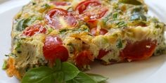 Baked Frittata - Make an easy dish even easier by tossing it in the oven. This frittata or crustless quiche bakes up fluffy and flavorful. Clean Recipes, Cooking Recipes, Healthy Recipes, Tortilla Enrollada, Baked Frittata, Vegetable Slice, Huevos Fritos, Baked Eggs, Fabulous Foods