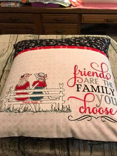 Design Picturestitch and words ohmycs Pillow Embroidery, Embroidery Monogram, Embroidery Ideas, Book Pillow, Reading Pillow, Brother Embroidery Machine, Machine Embroidery Projects, Sewing Crafts, Sewing Projects