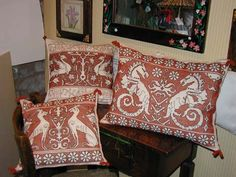 Cushions with classical motifs