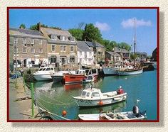 Isn't Padstow just lovely with it's fishing boats, quaint pubs and colourful streets.