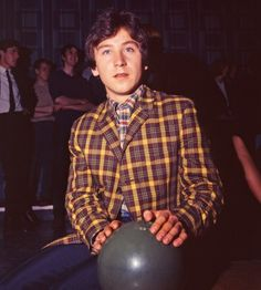 Steve Jones (Small Faces) at a bowling alley in 1966 Kenney Jones, Steve Marriott, My Generation, Here Comes, Small Faces, Photo Library, Getting Old, Humble Pie, Vintage Fashion