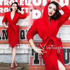 FREE SHIPPING Le Palais Vintage 2015 New Autumn Winter Elegant Solid Red Long Sleeve Lamb Wool Imitation Warm Long Coat Women