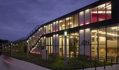 Gallery of Library + Restaurant + Multifunctional Space / BOB361 Architects - 17