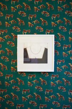 Kunst på tapetet.  Håndtrykt LLZ TAPET KOTAPET Fra udstillingen i Galleri5000 2014
