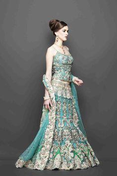 a1e7117995 Bridal Lehenga Bridal Dresses, Indian Bride Dresses, Indian Wedding Outfits,  Indian Outfits,