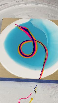 Acrylic Painting Techniques, Acrylic Art Paintings, Flow Painting, Pour Painting, Acrylic Pouring Art, Diy Canvas Art, Resin Art, Creative Art, Easy Abstract Art
