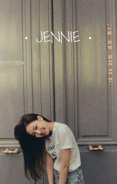 Jendeukie wallpaper #kimjennie #jennie #BLACKPINK Kpop Girl Groups, Korean Girl Groups, Kpop Girls, Blackpink Jennie, Blackpink Wallpaper, K Pop, Jenny Kim, Blackpink Members, Black Pink Kpop