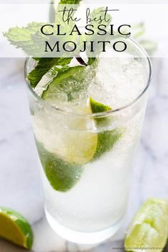 Classic Mojito So Refreshing! Enjoy the refreshing taste of mint and lime in this easy to make mojito recipe! Enjoy the refreshing taste of mint and lime in this easy to make mojito recipe! Party Drinks, Fun Drinks, Yummy Drinks, Alcoholic Drinks, Beverages, Refreshing Cocktails, Fun Cocktails, Mint Mojito, Mojito Cocktail