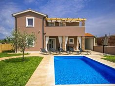 Villa Mariella Kaštelir Situated in Babici, this air-conditioned villa features a patio. You can relax by the seasonal outdoor pool in the garden in fair weather.  A TV is featured. There is a private bathroom with a bath or shower.